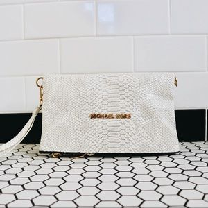 Handbags - Clutch + shoulder bag